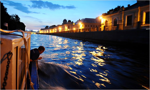 white nights season st petersburg