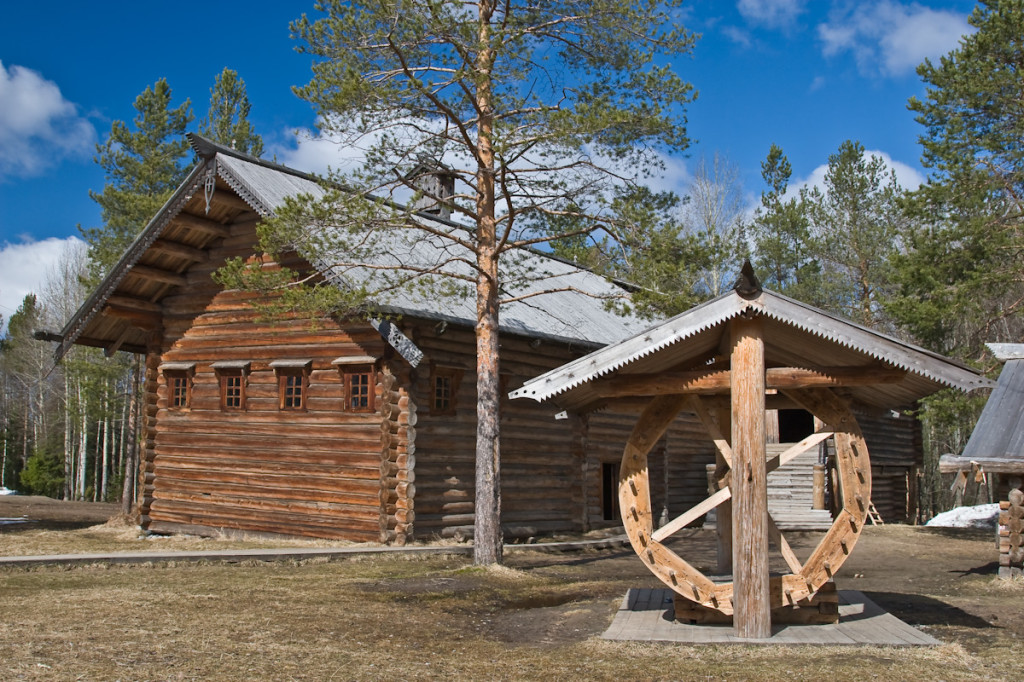 Russian wooden architecture museum