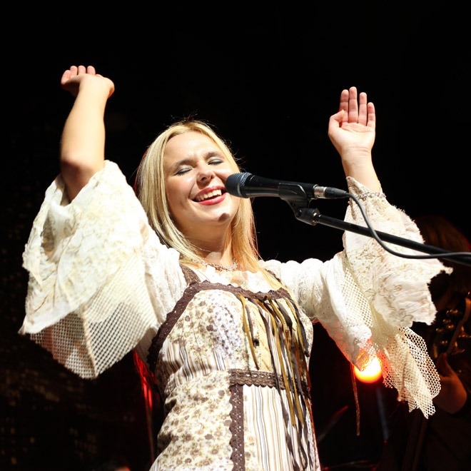 Favorite Russian Woman Singer And 40