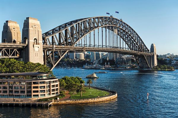 Sydney-Harbor-Bridge-beaytiful-photo