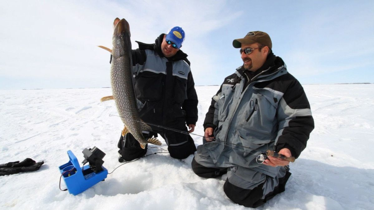 Traveler s guide to find best places for ice fishing in for Places to go fishing